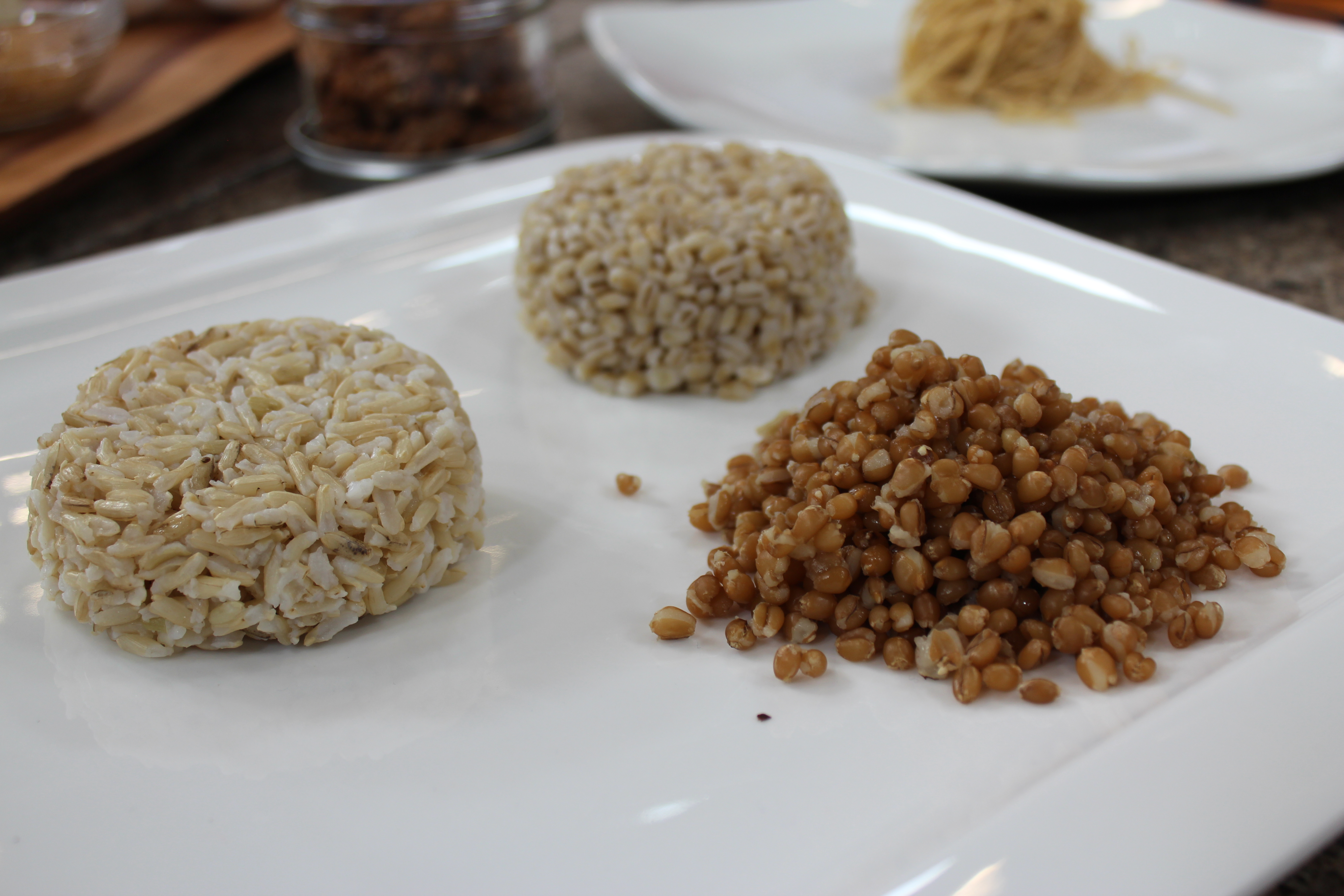 2 Cup (125 Ml) Of Cooked Whole Grains Use A Measuring
