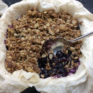 a pan of blueberry crisp