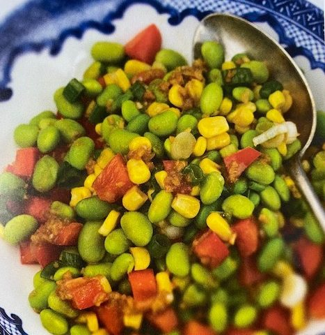 ue local corn and edamame to make a vegetarian main course salad